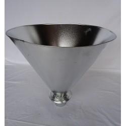 Entonnoir en métal